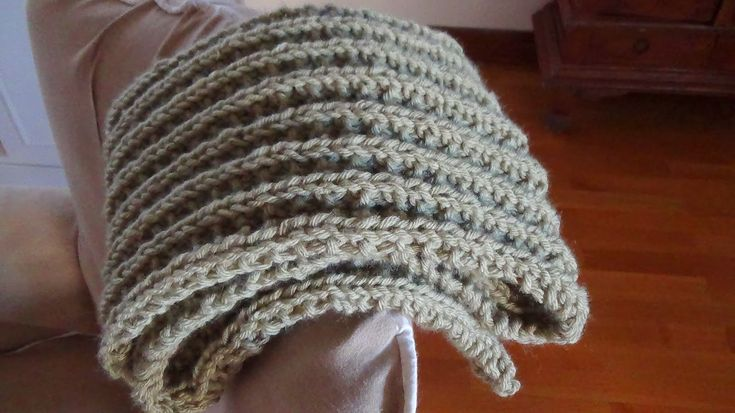 Merry Mary Stories: Knitting