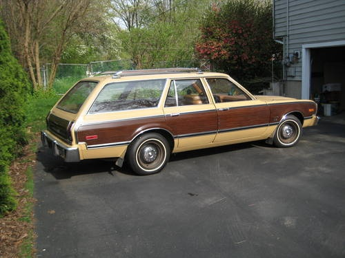 1978 Plymouth Volare Station Wagon ... Don't recall if ours was a 1978, and  we certainly didn't have the wood paneling. Ours was a banana yellow, p… - 1978 Plymouth Volare Station Wagon Don't Recall If Ours Was A