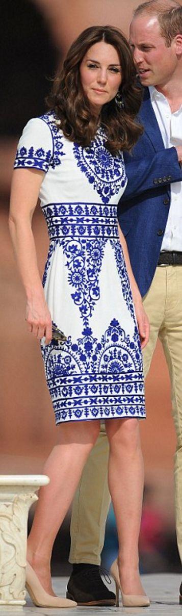 Kate Middleton: Earrings – Local Designer  Dress – Naeem Khan  sunglasses – Ray Ban