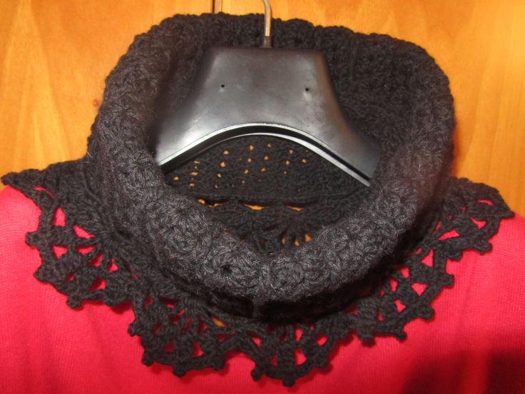 Scalda collo nero in lana