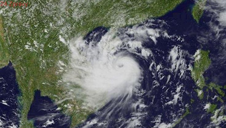 Nejsilnější tropický cyklón za poslední roky udeří na Vietnam. Evakuuje přes sto tisíc lidí