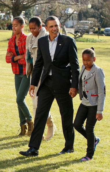Barack Obama and Michelle Obama Photo - First Family Returns To White House After Hawaiian Vacation