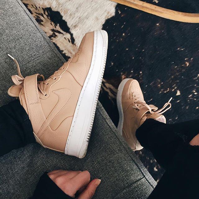 Nike air force 1 Vachetta tan I realllllllyy want tt these