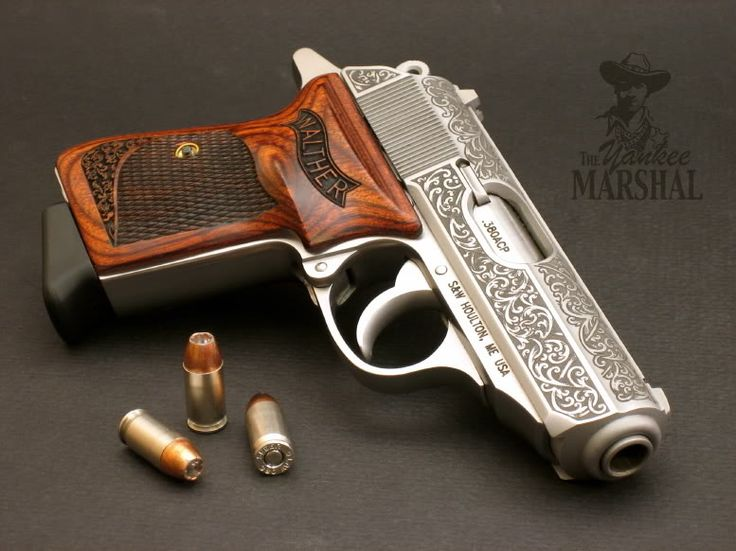 As far as autos go, the Walther PPK is definitely the sexiest gun.
