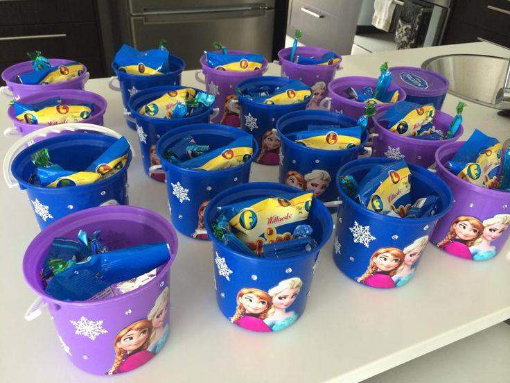 Inside Frozen Party Buckets