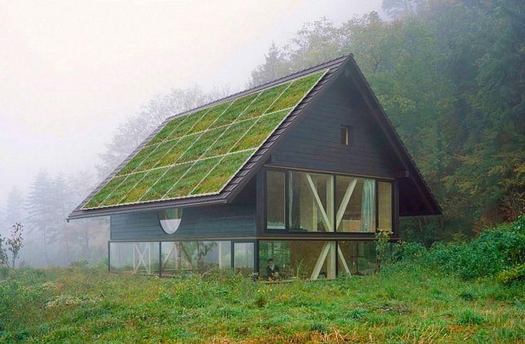 Созданы солнечные панели, «мимикрирующие» под крышу