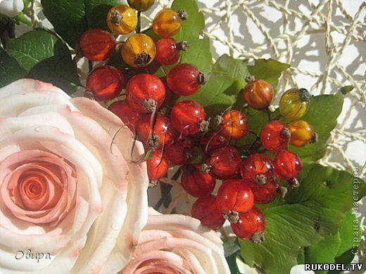 Bessen rode bessen van de hars en polymeer klei, masterclass - Bloemen van polymeer klei - Polymer Clay - Publisher - Rukodel.TV
