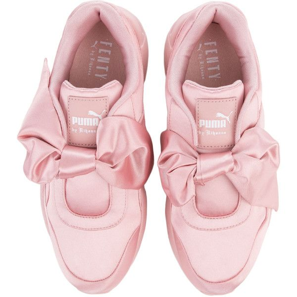 The Puma Fenty by Rihanna Bow Sneaker in Silver Pink (£125) ❤ liked on Polyvore featuring shoes, sneakers, flats, bow flats, flat shoes, silver sneakers, flat pumps and bow shoes