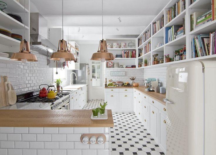 Dù bạn chỉ đang sở hữu căn hộ nhỏ khoảng 45m² thôi nhưng cũng đủ để bạn thỏa sức sáng tạo trong các thiết kế đường nét và chi tiết tinh tế. Một không gian sống hiện đại và bậc nhất sẽ dành tặng ngay cho bạn hôm nay.