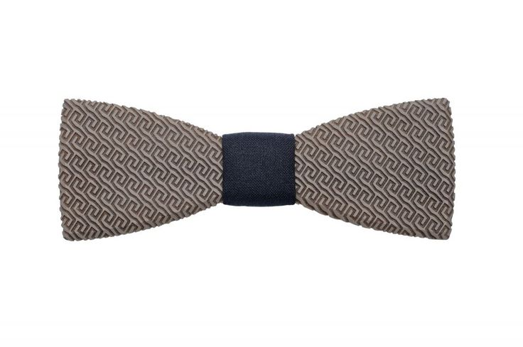 Aliq wooden bow tie - collection summer 2017. The best accessory for your wedding! The Aliq is ready to become a world traveler. Choose this trendy accessory for any special occasion and for magical moments abroad. Find out the secrets of cities. Admire the wonders of the world. Drink a cup of wonderful coffee while at an art gallery.Whether it's New York, Paris, Rome or Tel Aviv, Aliq is ready to go.