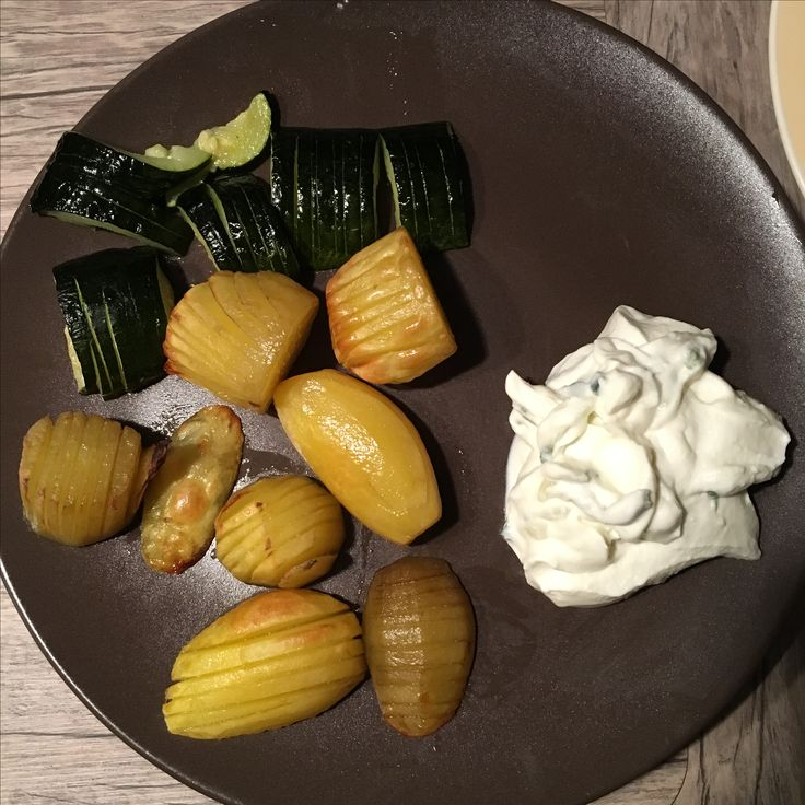 Baked vegetables with zaziki