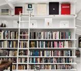 Drew Barrymore e Will Kopelman I Casa em Los Angeles, Califórnia. O marido de Drew, o conselheiro de arte Will Kopelman mostrou à Architectural Digest o seu escritório de arte dentro de casa.