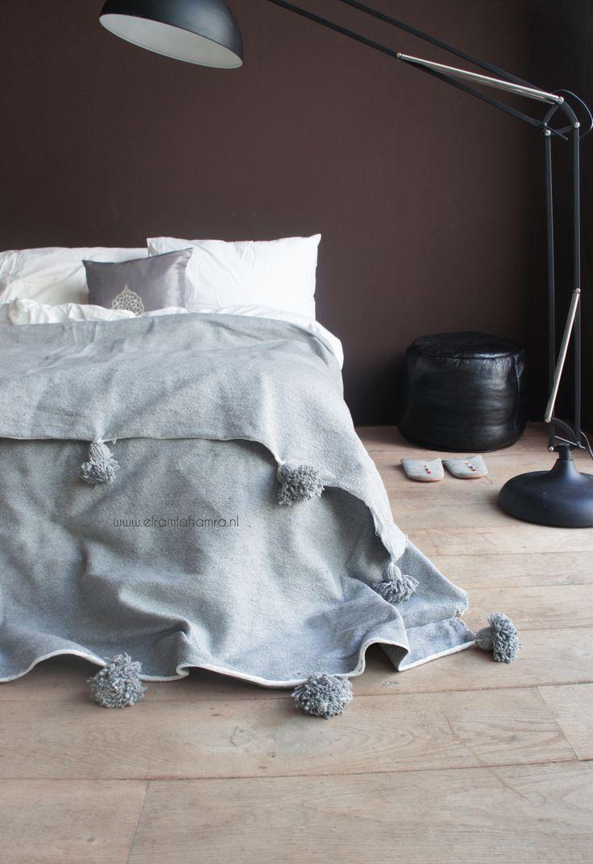Moroccan Berber blanket grey Handwoven with love from Morocco  http://www.elramlahamra.nl/component/virtuemart/woonaccessoires/beddengoed-ander-textiel/katoenen-berber-deken-grijs-detail.html?Itemid=0