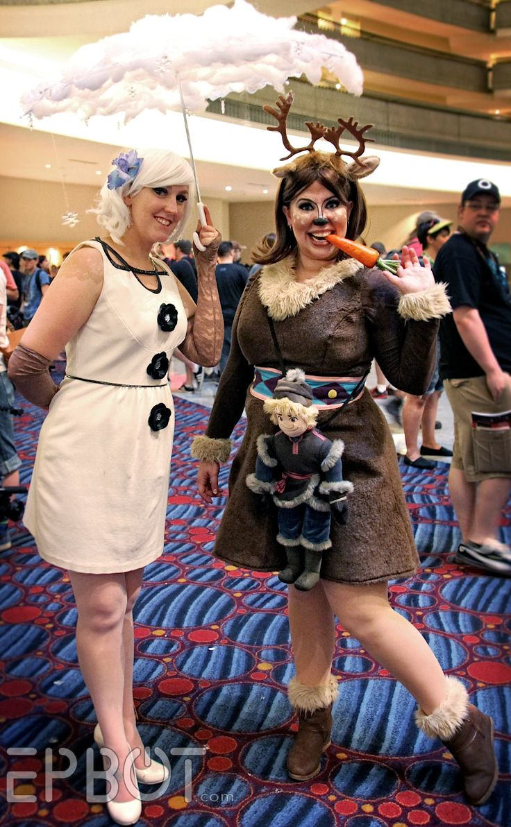 EPBOT: The Best Cosplay Of Dragon Con 2014, Pt 1 Olaf steampunk inspiration / cloud umbrella