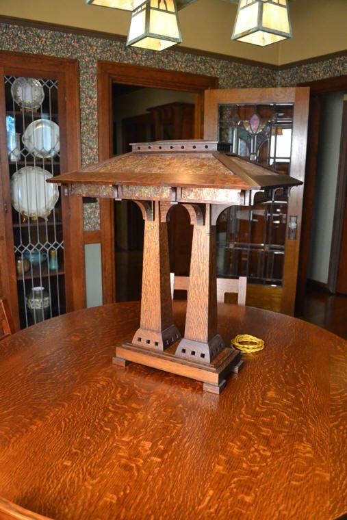 Translucent base-lit LED Wireless Lamp [Prairie Craftsman Wooden Lamp].