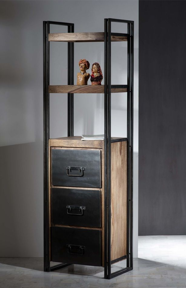 """REGAL PANAMA CHF 1'102.- Diese """"factory-design"""" geprägte Serie bietet mehr als 25 verschiedene Typen zur Auswahl. Wohnen, Speisen, Büro oder praktisches Kleinmöbel – alles geht! Metall und Holz sind auf """"alt"""" getrimmt."""