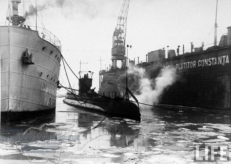 67.Rumanian submarine (C) tied up at dock in Constanţa Harbour