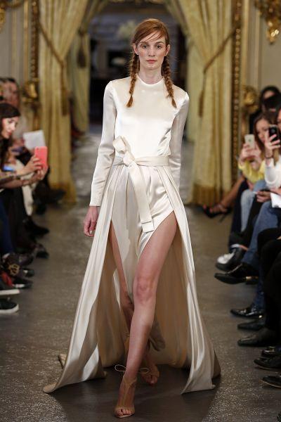 Vestidos de novia con cintas y lazos 2017: 30 diseños llenos de romanticismo Image: 21