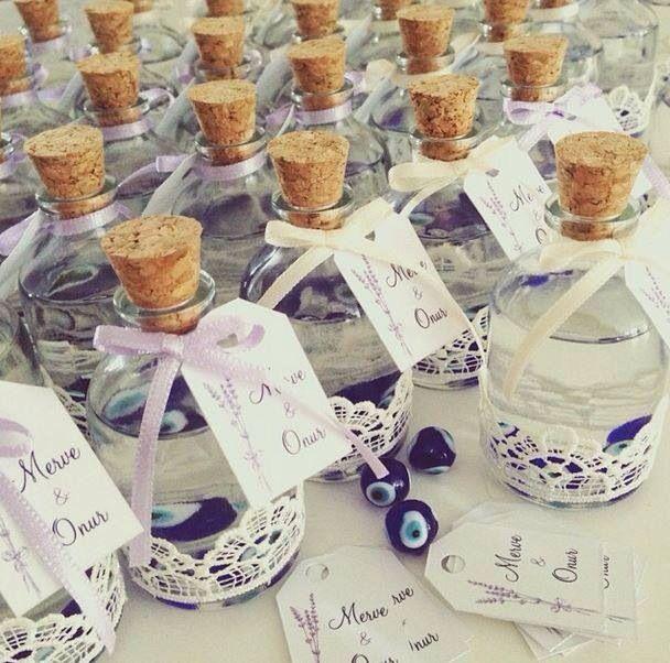 Pembe Kurdele'nin nazar boncuklu dantelli şişeleri ☺️☺️☺️ www.pembekurdele.net