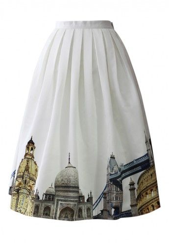 I love clothes that vary vertically! I love that the pattern isn't throughout the whole skirt