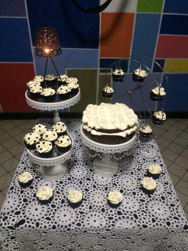 Mesa de dulces en crema