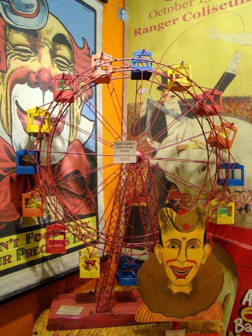 circus decorationsVintage Circus Decorations, Circus Them Finding, Circus Ephemera, Canvas Banners, Circusthem, Circus Ology, Circus Carnivals, Circus Theme Decor, Ferris Wheels