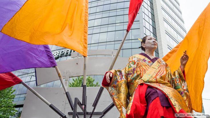 (c) William Alan Photo. Seattle Dance Festival 2017 - Art On The Fly. with Kimono Art http://kaoruokumura.com/gallery/