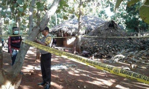 Polisi Amankan TKP Penemuan Mayat di Desa Oebole