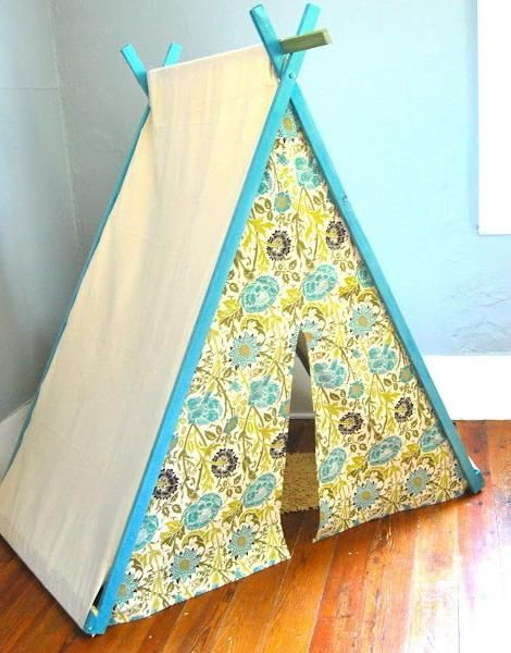 children bedroom decorating with tent