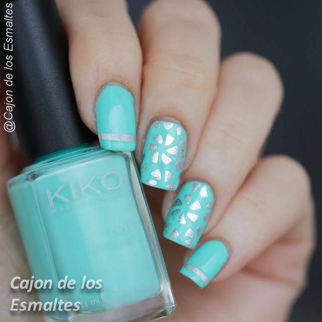 Uñas decoradas en menta y plata - Vinilos de bornpretty Mint and silver nail art