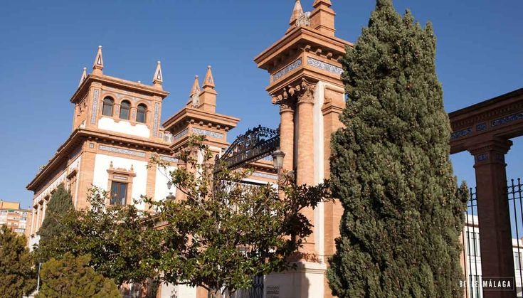 Het Russisch staatsmuseum in Málaga - Een nieuw museum in de oude tabaksfabriek met uiteraard veel aandacht voor Russische kunst en cultuur. Leuk in combinatie met het automuseum.