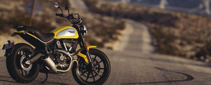 """Sucesso mundial, o modelo pós-vintage será fabricado no Brasil na versão Icon Motocicleta é apresentada em primeira-mão no espaço """"The Land of Joy"""", onde permanecerá em exposição pública até..."""