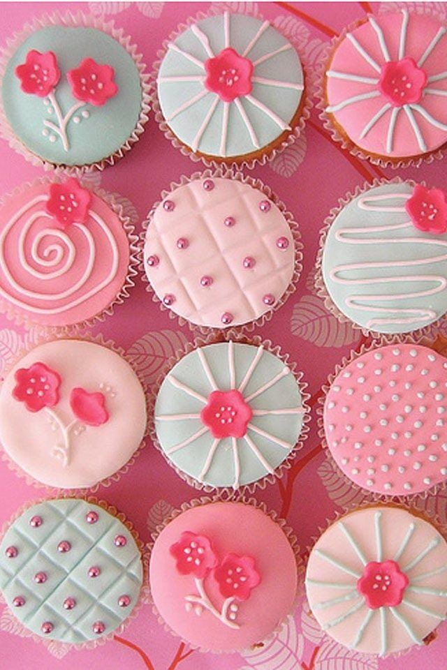 Pink cupcakes : ColorFresh { Cherry Blossoms } color board on FamilyFreshCooking.com