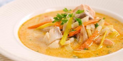 Kremet fiskesuppe - Ønsker du å variere suppen, kan du tilsette ferske reker eller blåskjell.