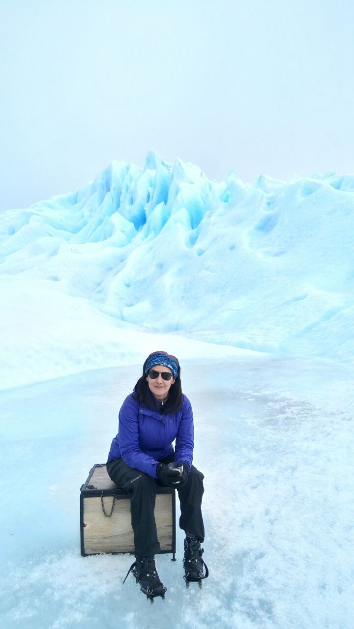 Thank you Lizzet fot sharing this #beautiful picture on the #PeritoMoreno #Glacier and for choosing Across Ar for your #trip. Until our next #journey together!  ***** Gracias Lizzet por compartir esta lindísima #foto en el #Glaciar Perito Moreno y por haber elegido Across Ar para tu #viaje. ¡Hasta la próxima! ***** #Calafate #Argentina #travel #traveler #freezing #cold #winter #spikes #ICEtrekking #WeTravelTogether #viajando #viajeros #frio #hielo #trekking #iceTrek #aventura #outdoor