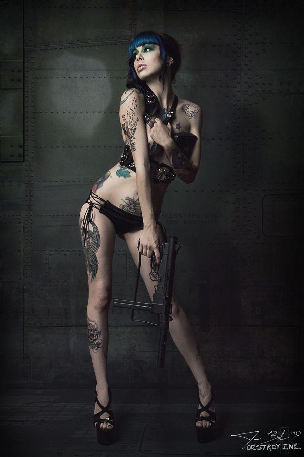 Hot Girl With A Gun & Tattoos!