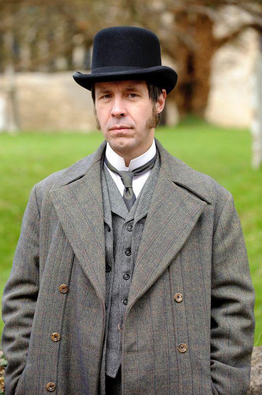 The Suspicions of Mr Whicher_Paddy Considine_parallel button overcoat_fine stripe-1