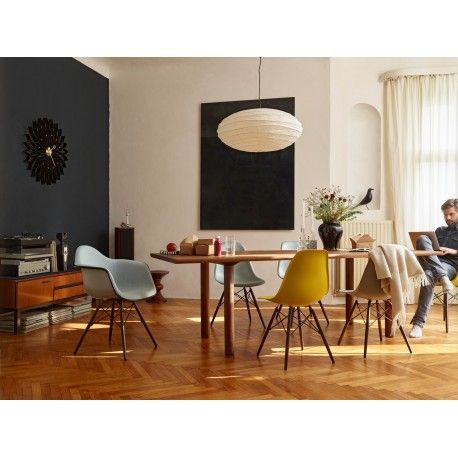 Sunflower Clock: Black Version - Vitra - George Nelson - Clocks - Furniture by Designcollectors