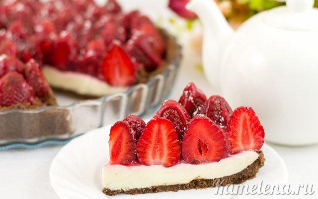 Клубничный торт с панна коттой (без выпечки)