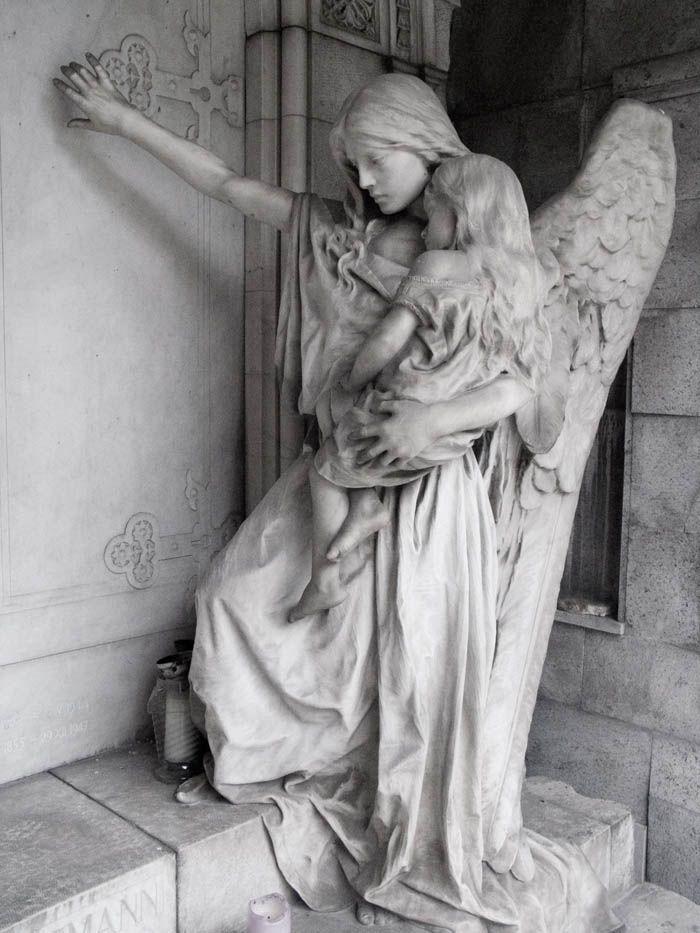 Angel statue in the graveyard of Trzic, Slovenia by ~lordradi http://lordradi.deviantart.com/art/Angel-3-142184289