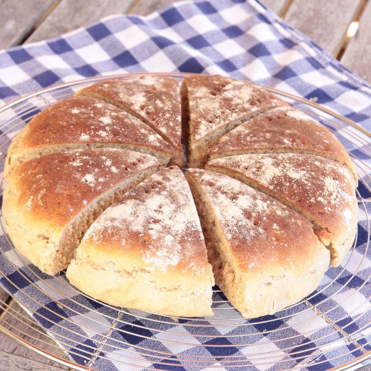 Mjukt och saftigt bröd som endast jäser en gång direkt i formen.
