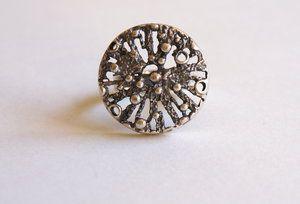 Martti Viikinniemi, modernist silver ring, 1970. | MJRetro.se #Finland