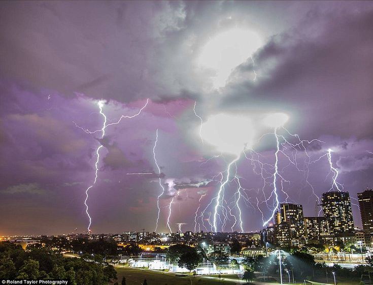 It's electrifying! Another incredible photograph from Roland Taylor showing the lightning ...