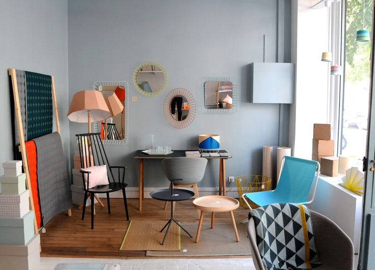 Colonel studio was founded in 2012 by Isabelle Gilles & Yann Poncelet and we should be thankful. Mainly specialized in furniture and lighting design, Colonel uses light wood, bright colors, patterns and crafts as a signature of the brand.