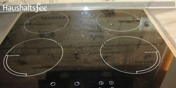 Du weißt es können Kratzer auf dem Ceranfeld enstehen und Flecken lassen sich schwer entfernen. Hier erfährst du, wie du das Ceranfeld reinigen kannst.