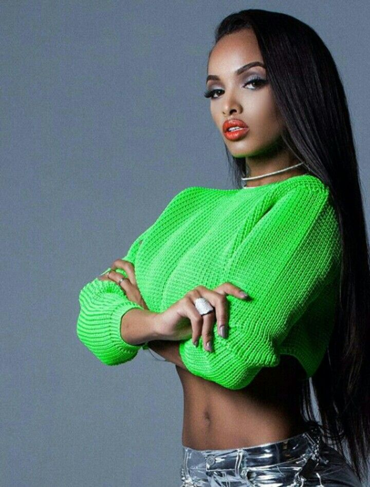 LoLa Monroe Nude Photos 14