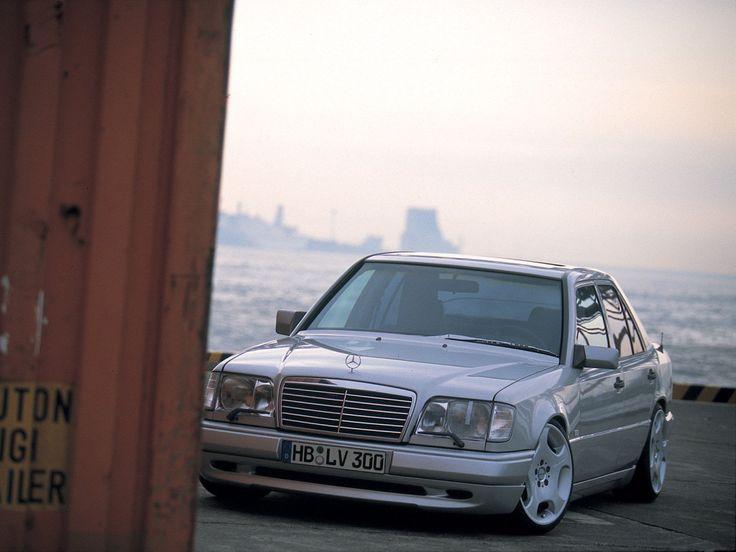 Mercedes-Benz W212 E550 on Vossen Wheels