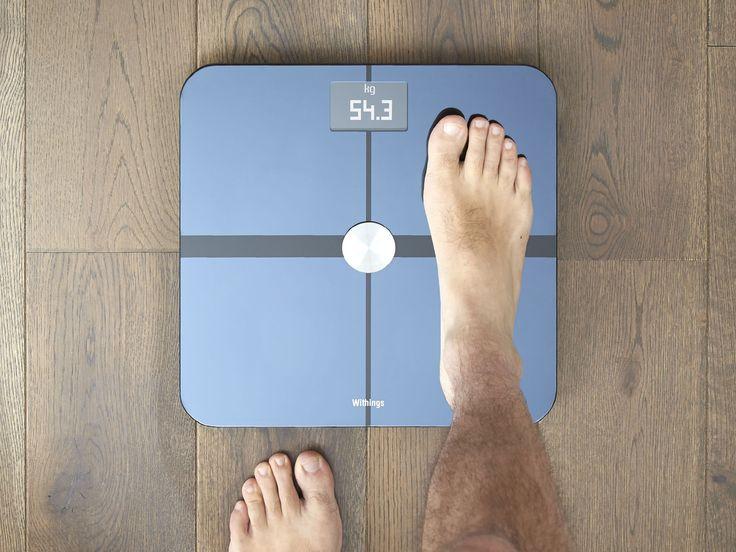 WITHINGS WS-50 WIFI WAAGE Withings WS-50 WiFi Waage misst dein Gewicht, dein Körperfett, deinen Ruhepuls und sogar die Luftqualität bei dir zu Hause. Alle Messergebnisse werden dann drahtlos mit einer App auf deinem Smartphone synchronisiert, sodass du volle Kontrolle über deine Gesundheit und Fitness hast! - coolstuff.de