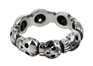 8 skull eternity ring in sterling silver - $180