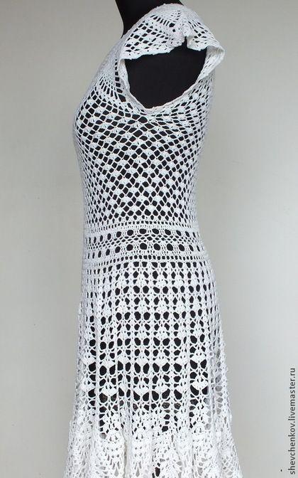 Купить или заказать Вяжем сами платье 'Натали' (описание и схемы PDF 15 схем и фото) в интернет-магазине на Ярмарке Мастеров. Описание к вязанию авторского платья 'Натали' со схемами вязания. С помощью этого описания Вы сможете самостоятельно связать красивое платье на каждый день или для праздника (выпускной, день рождения, свадьба). На размер 44-46 (российский). Обхват груди 88-92 см. Уровень сложности - выше среднего. Рассчитан на умеющих вязать крючком и читать схемы. Описание…